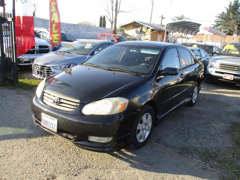 Toyota Corolla 2004 price $3,499