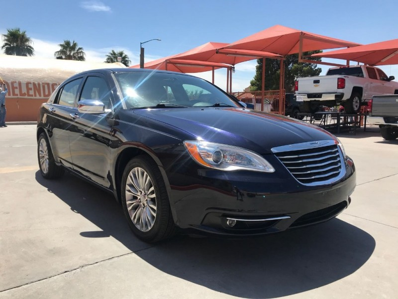 Chrysler 200 2012 price $10,995