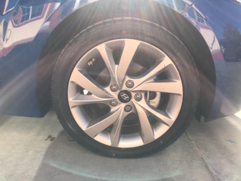Hyundai Veloster 2016 price $14,995