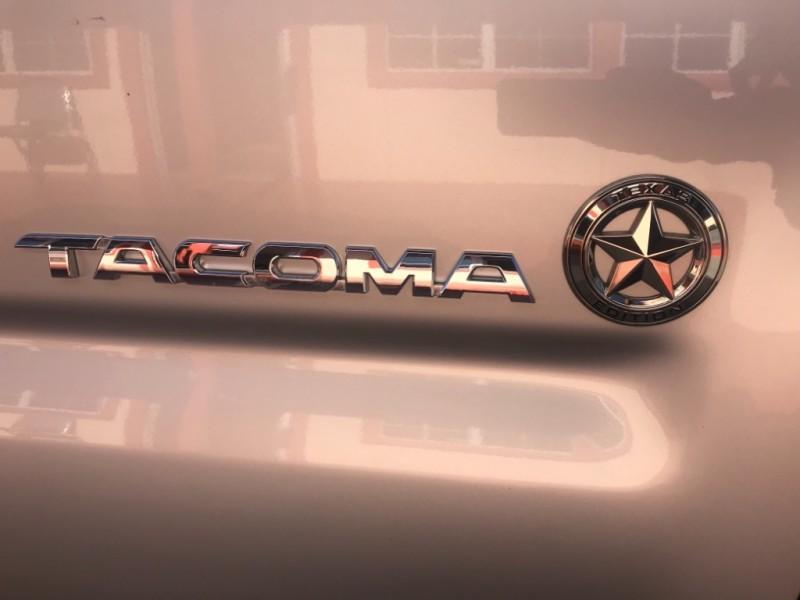 Toyota Tacoma 2013 price $20,995