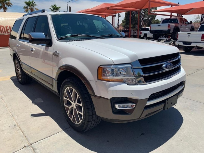 Ford Expedition 2016 price $33,995