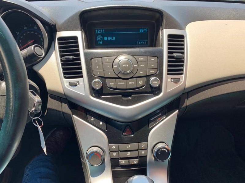 Chevrolet Cruze 2011 price $8,995