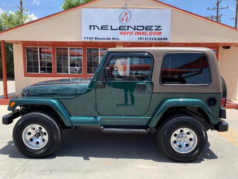 Jeep Wrangler 2000 price $10,995