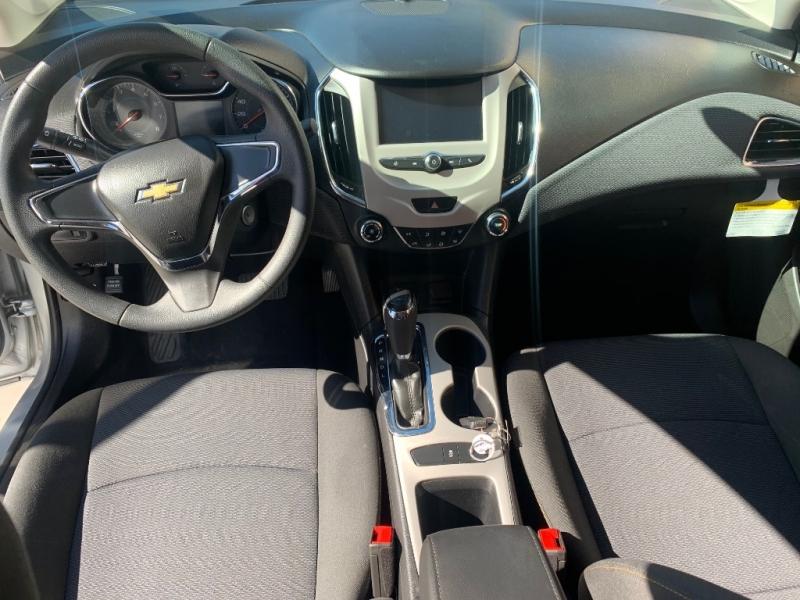 Chevrolet Cruze 2018 price $13,995