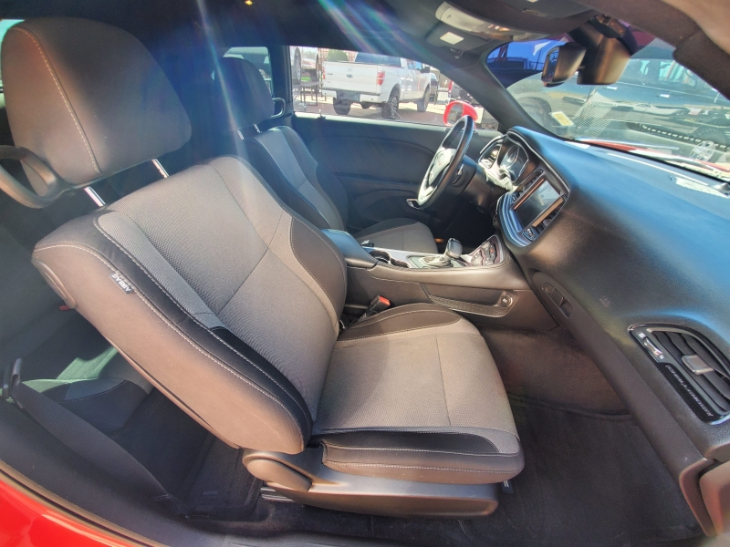 Dodge Challenger 2015 price $16,995