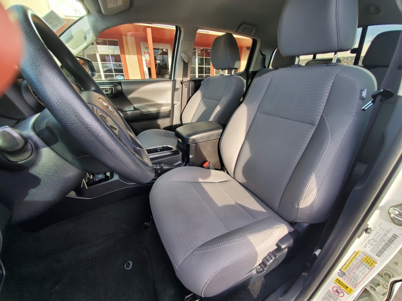 Toyota Tacoma 2017 price $33,995