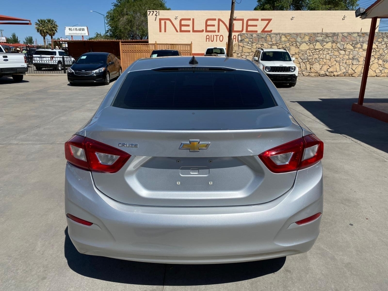 Chevrolet Cruze 2018 price $11,995