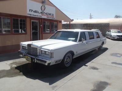 Lincoln Town Car 1987