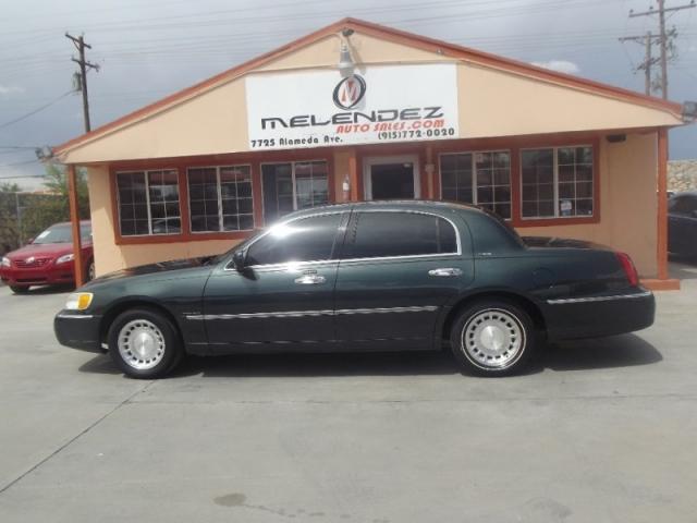 2002 Lincoln Town Car 4dr Sdn Executive Inventory Melendez Auto
