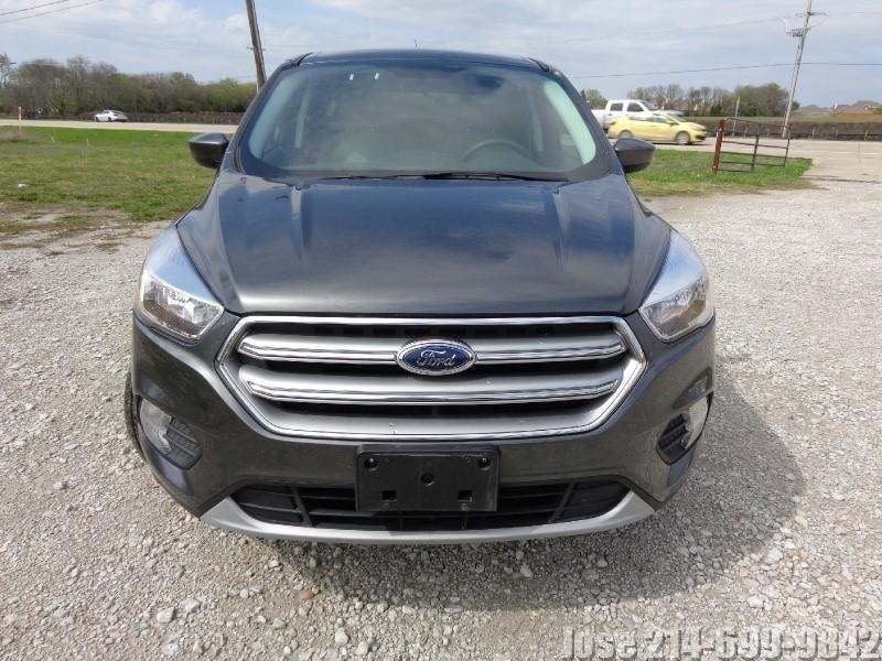 Ford Escape 2017 price $2,500Down