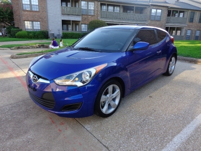 2013 Hyundai Veloster 3dr Cpe Man w/Black,2013 Veloster,Special In House Finance