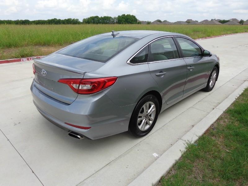 Hyundai Sonata 2017 price $1,500Down