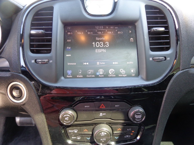 Chrysler 300 2015 price $4,000 Down