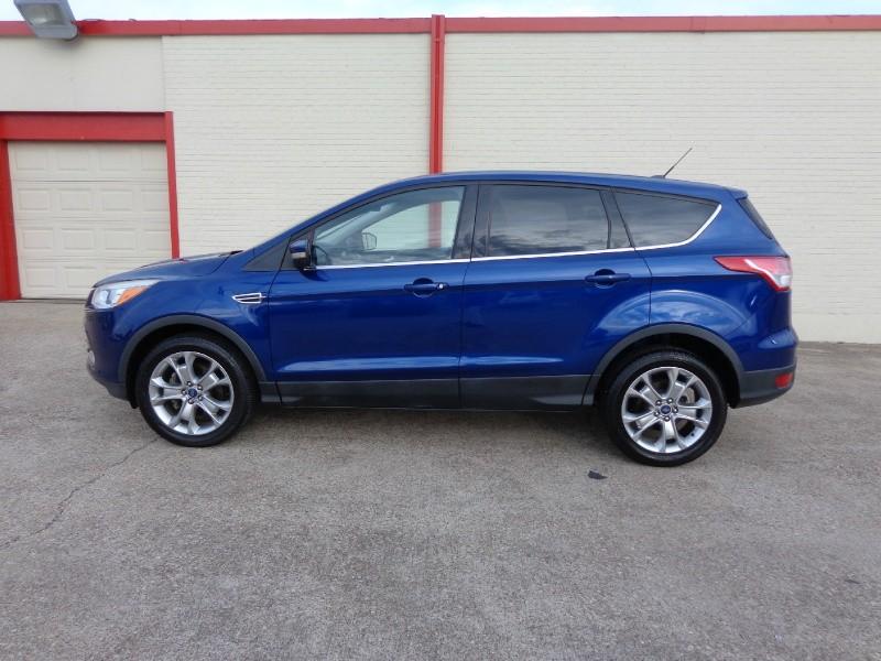 Ford Escape 2013 price $1,500Down