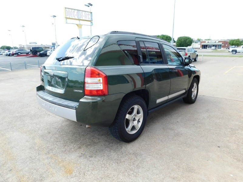 Jeep Compass 2007 price $1,200Down