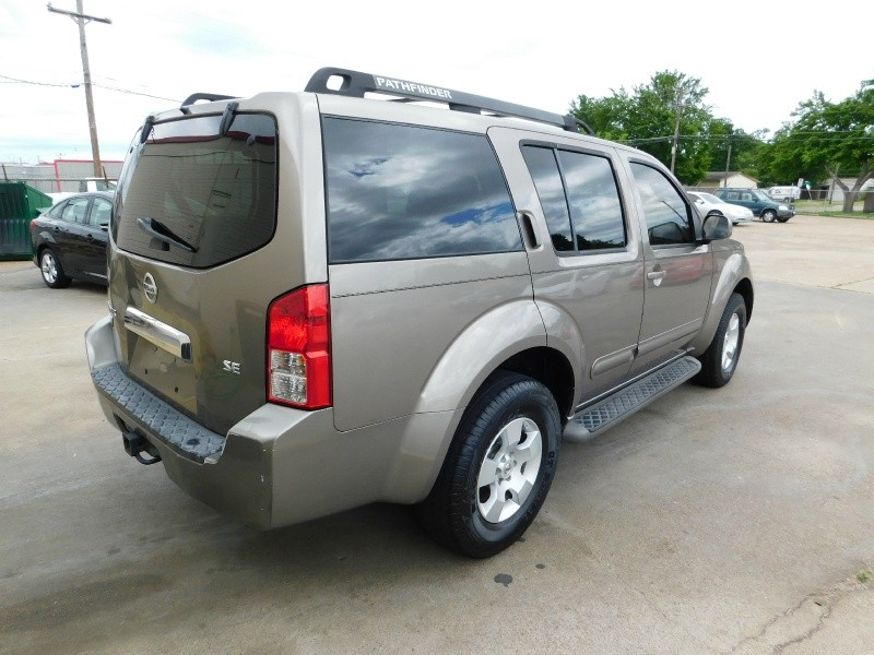 Nissan Pathfinder 2006 price $1,200Down