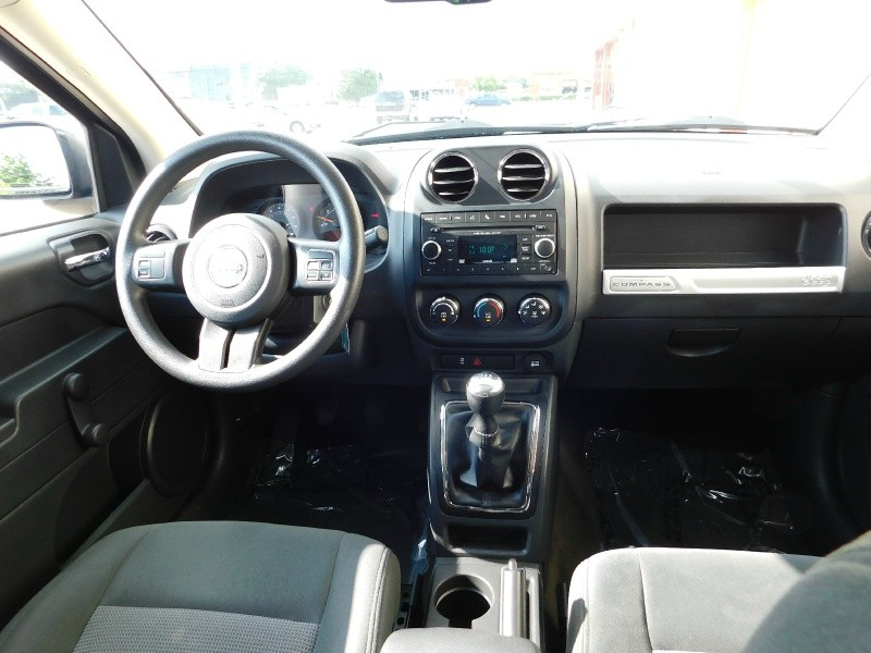 Jeep Compass 2016 price $1,200Down