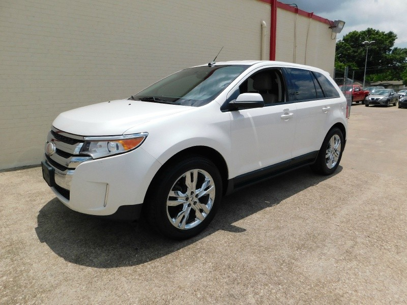 Ford Edge 2012 price $1,500Down