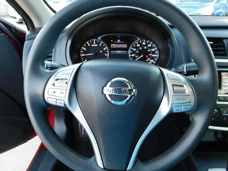 Nissan Altima 2016 price $1,500 Down