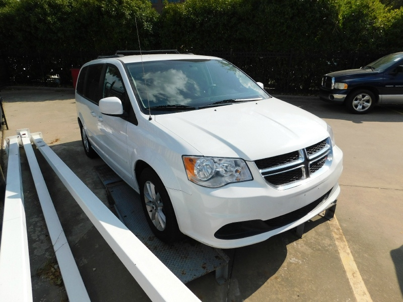 Dodge Grand Caravan 2016 price $1,500 Down