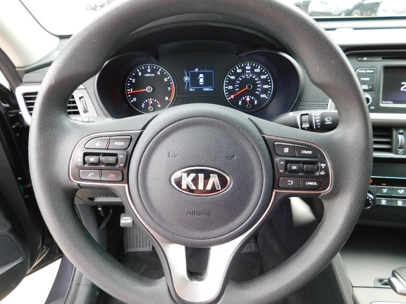 Kia Optima 2017 price $2,000