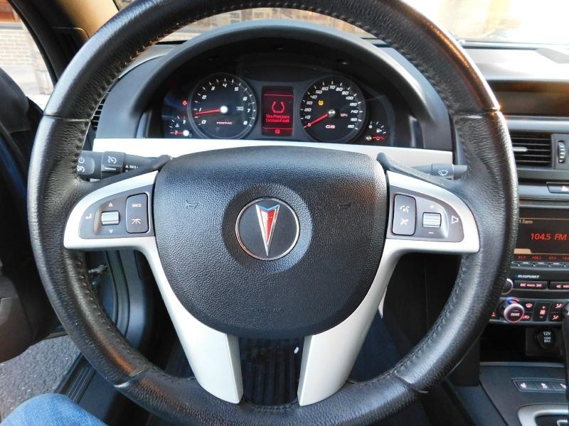 Pontiac G8 2009 price $11,500 Cash