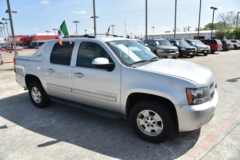 Chevrolet Avalanche 2011 price $2,000 Down