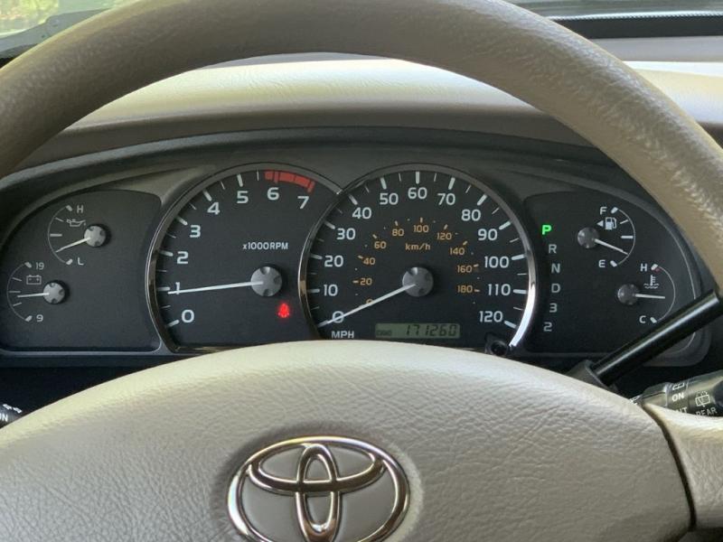 Toyota Sequoia 2005 price $5,900