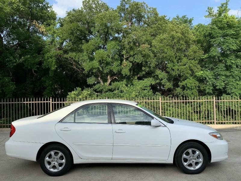 Toyota Camry 2003 price $3,900