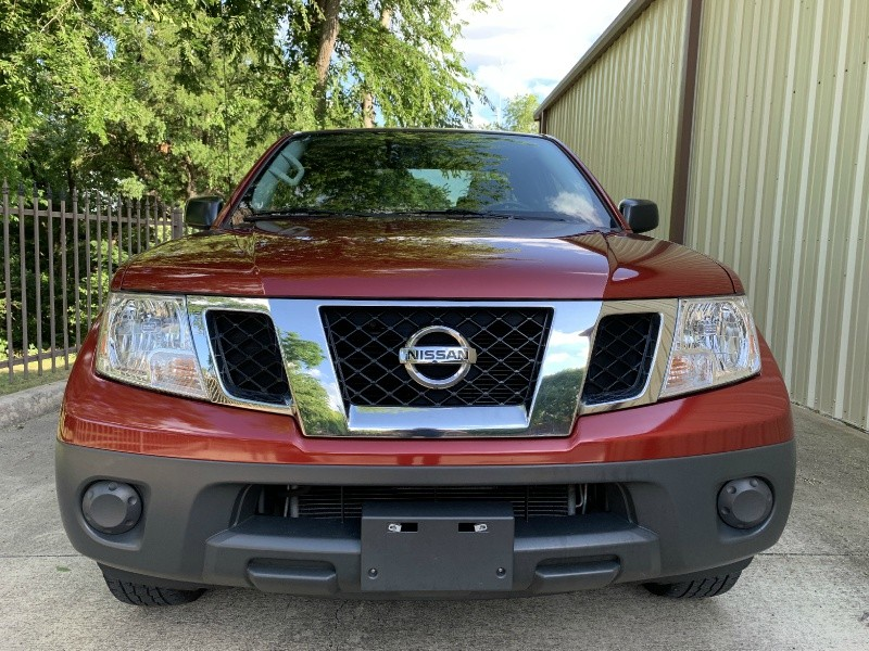 Nissan Frontier 2017 price $15,900