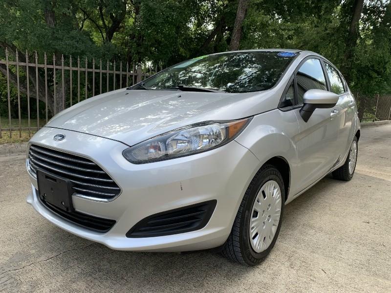 Ford Fiesta 2015 price $6,900
