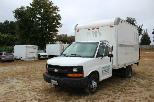 2004 Chevrolet Express Commercial Cutaway