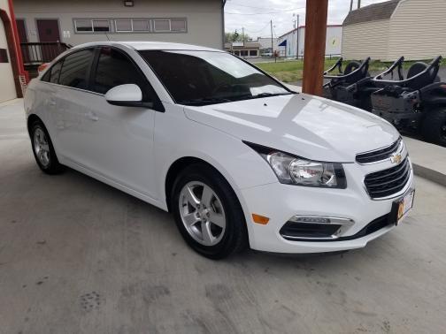 Chevrolet Cruze 2015 price $9,999