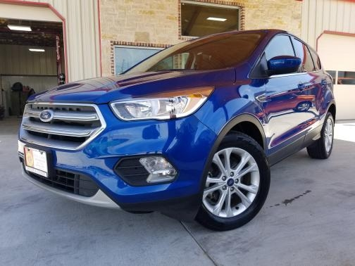 Ford Escape 2017 price $14,999