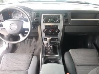 Jeep Commander 2008 price $6,999