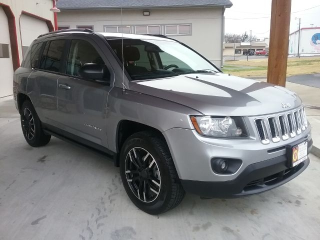 Jeep Compass 2016 price $11,499