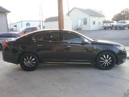 Lincoln MKS 2013 price $14,999