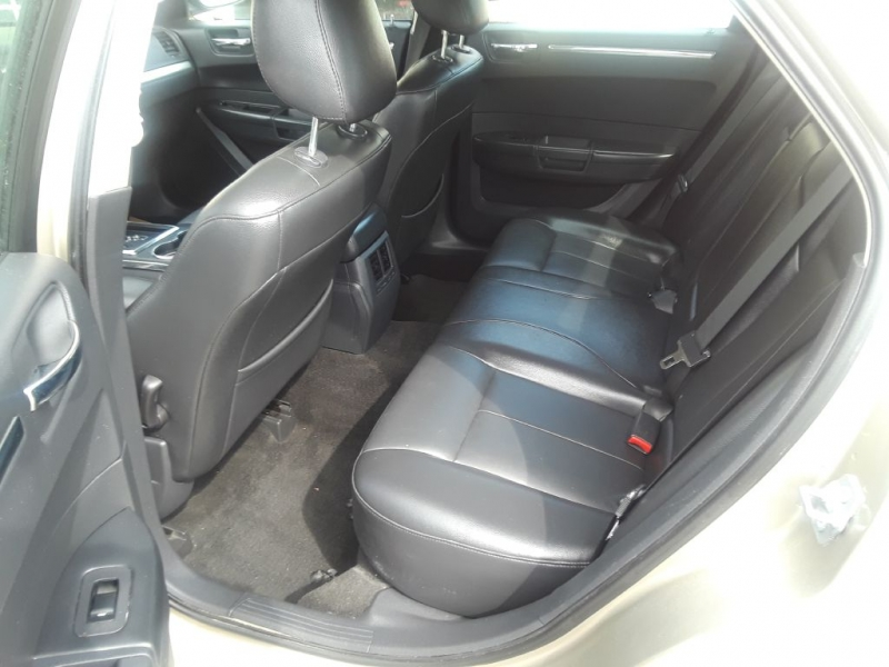 Volkswagen PASSAT 2010 price $5,599