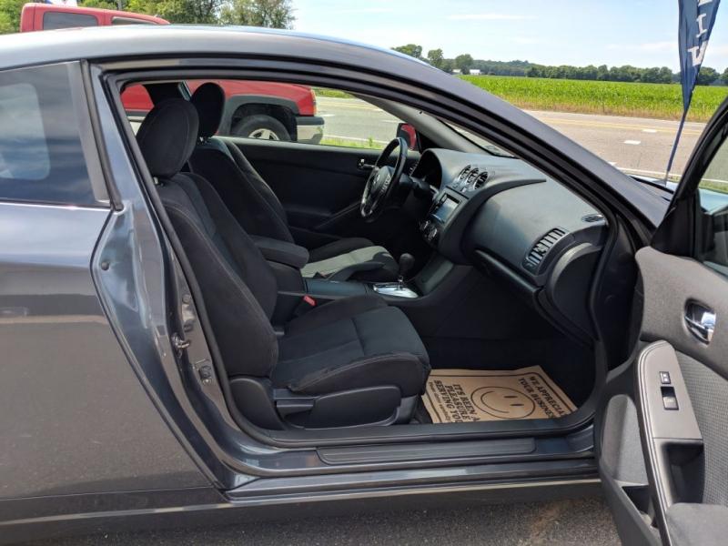 Nissan Altima 2010 price $6,800