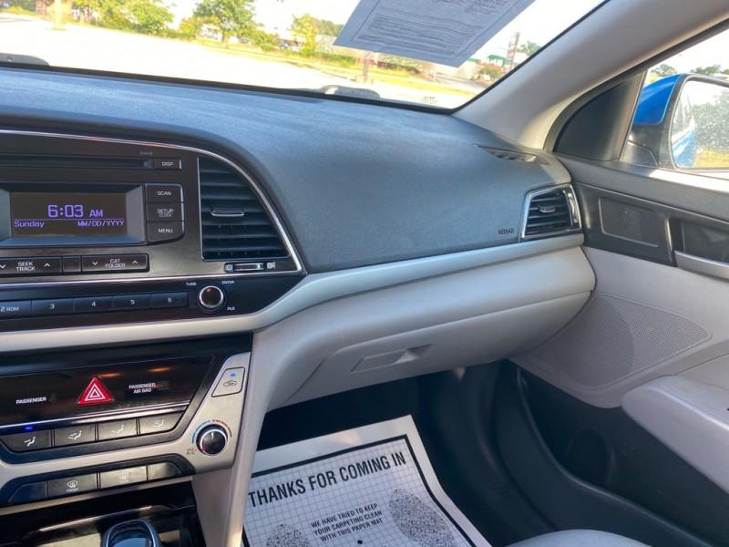 HYUNDAI ELANTRA 2017 price $12,725