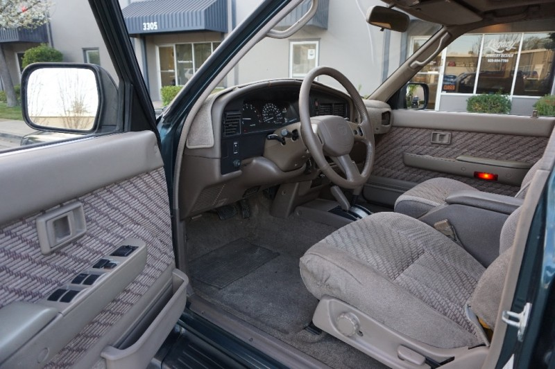 Toyota 4Runner SR5 4WD 1995 price $7,950