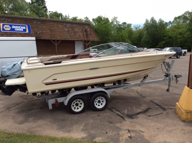 Sea Ray 21 OPEN BOW 1985 price $6,995
