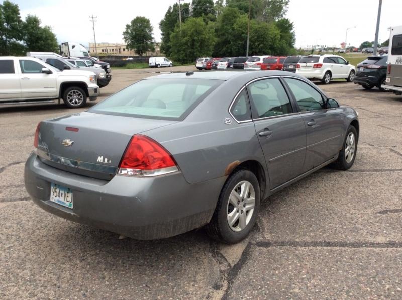 Chevrolet Impala 2006 price $2,995