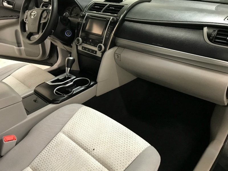 Toyota Camry 2014 price $9,900