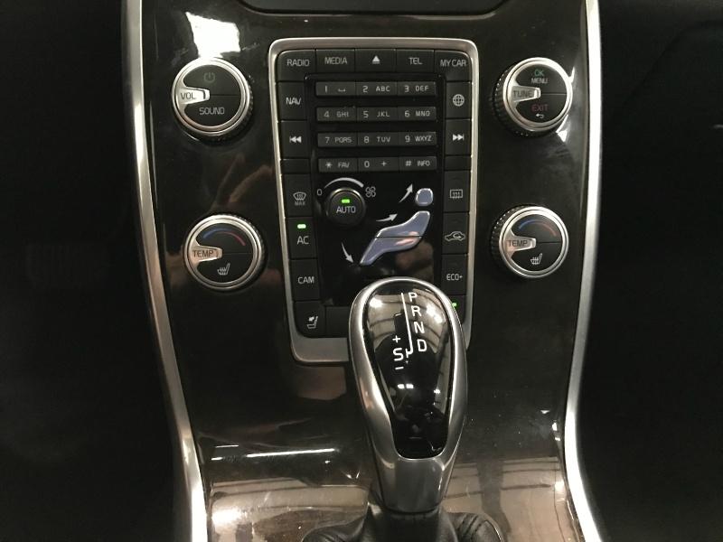 Volvo S80 2016 price $12,500