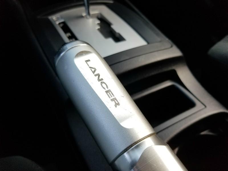 Mitsubishi Lancer 2015 price $9,500