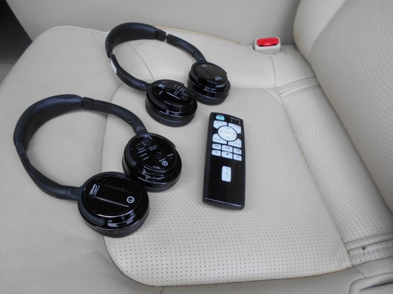 Infiniti QX80 2015 price $27,999