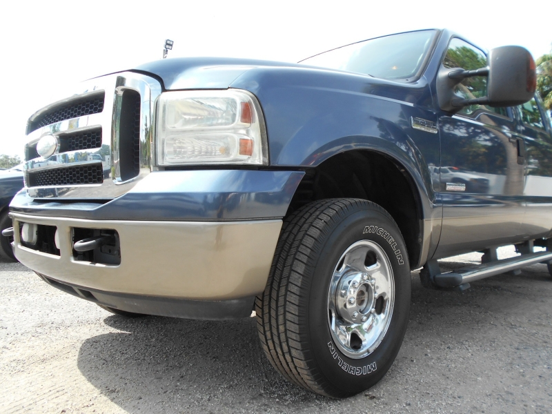 Ford Super Duty F-250 2006 price $15,999
