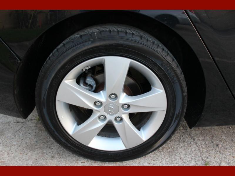 Hyundai Elantra 2013 price $5,999