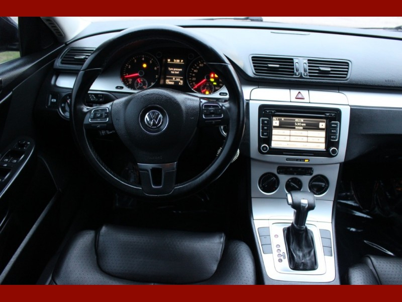 Volkswagen Passat Sedan 2010 price $4,799